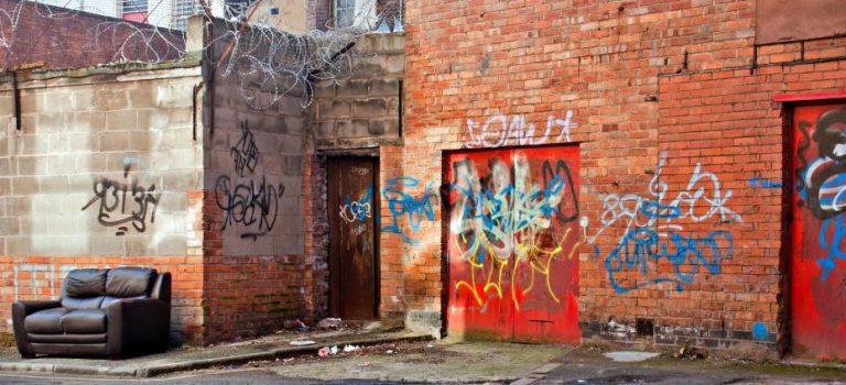 تئوری پنجره شکسته: همبستگی یا رابطه علّی؟