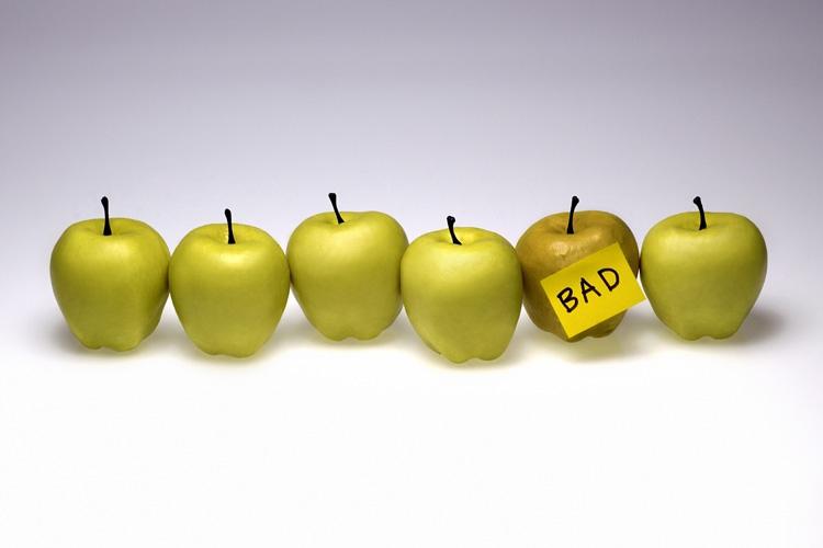 آیا تنها چند سیب فاسد منجر به فاسدشدن همه سیبها میشود؟ اخلاق و تصمیمگیری: بخش اول